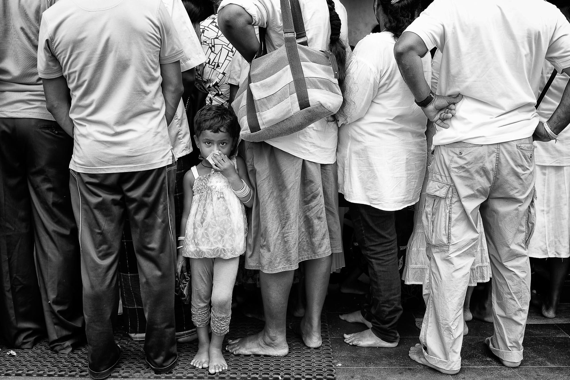 COLOMBO sri lanka street photography little girl