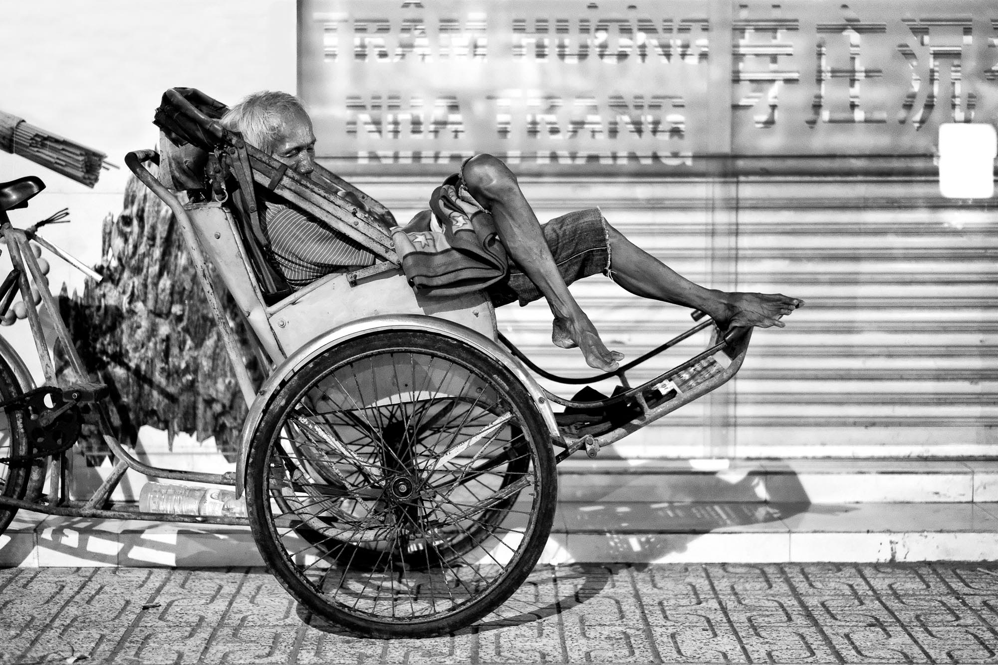 NHA TRANG vietnam asia street photography night sleeping