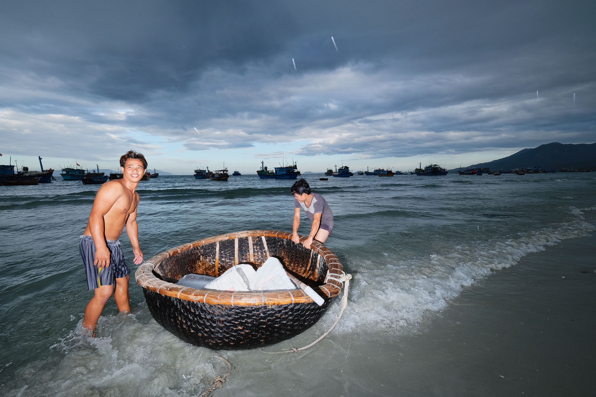 NHA TRANG vietnam asia street photography men working