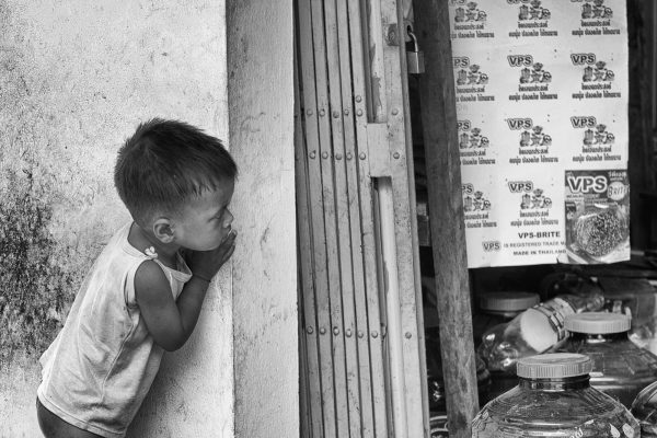 boy house SIEM REAP cambodia asia street photography