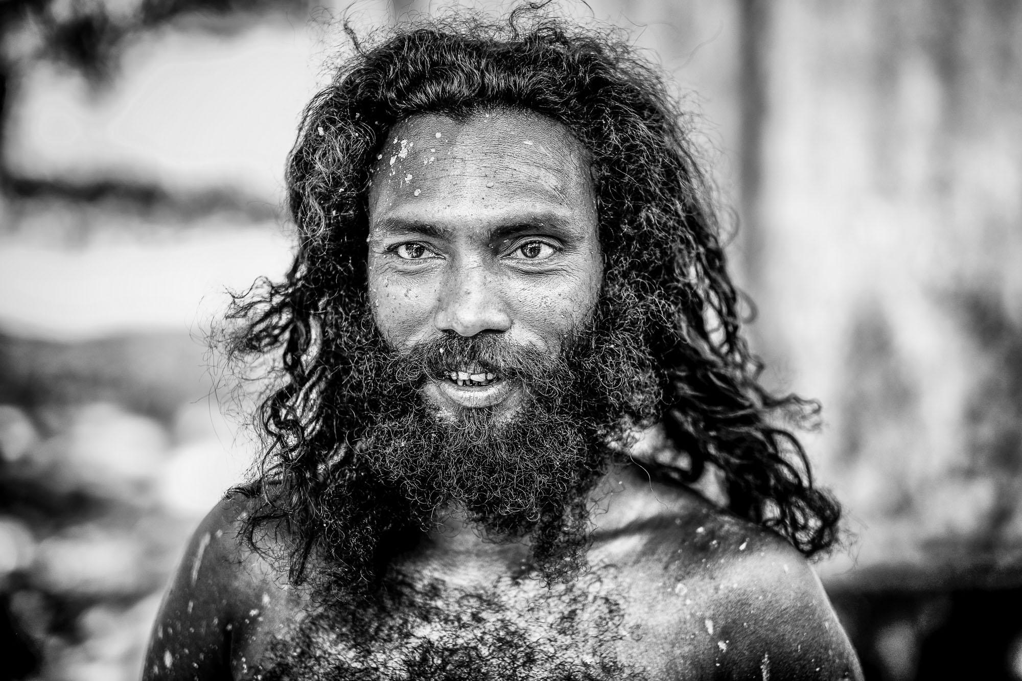 Vadda sri lanka indingenous group people photography - veddas portrait man smiling