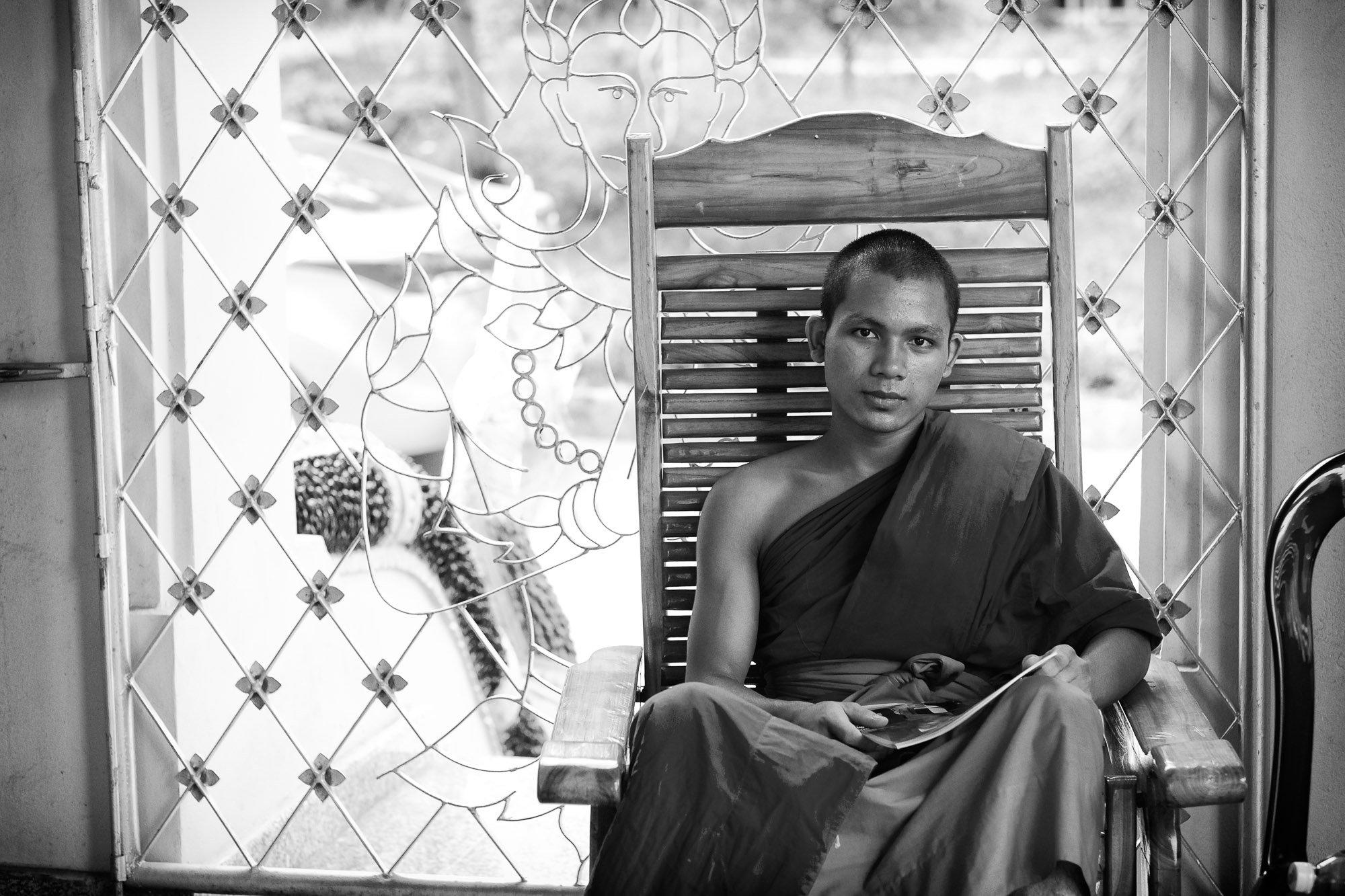 buddhist VIENTIANE Laos asia street photography photographer monk