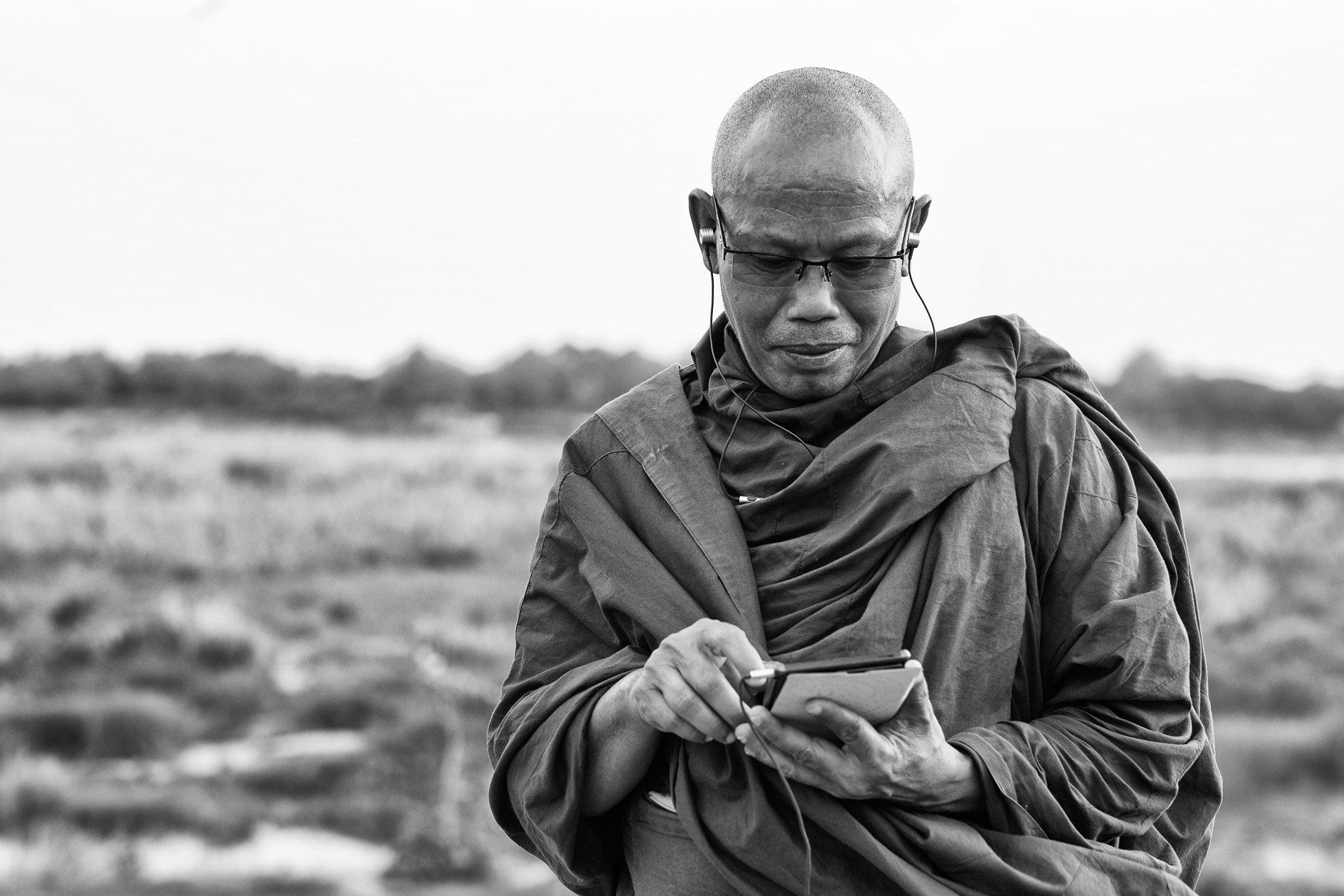 buddhist monk VIENTIANE Laos asia street photography photographer