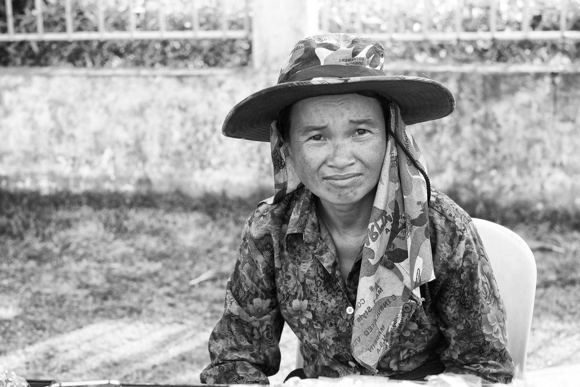 women worker VIENTIANE Laos asia street photography photographer