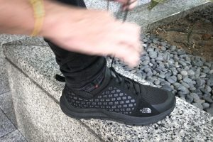review MOUNTAIN SNEAKER TNF BLACK/ SMOKED pearl grey