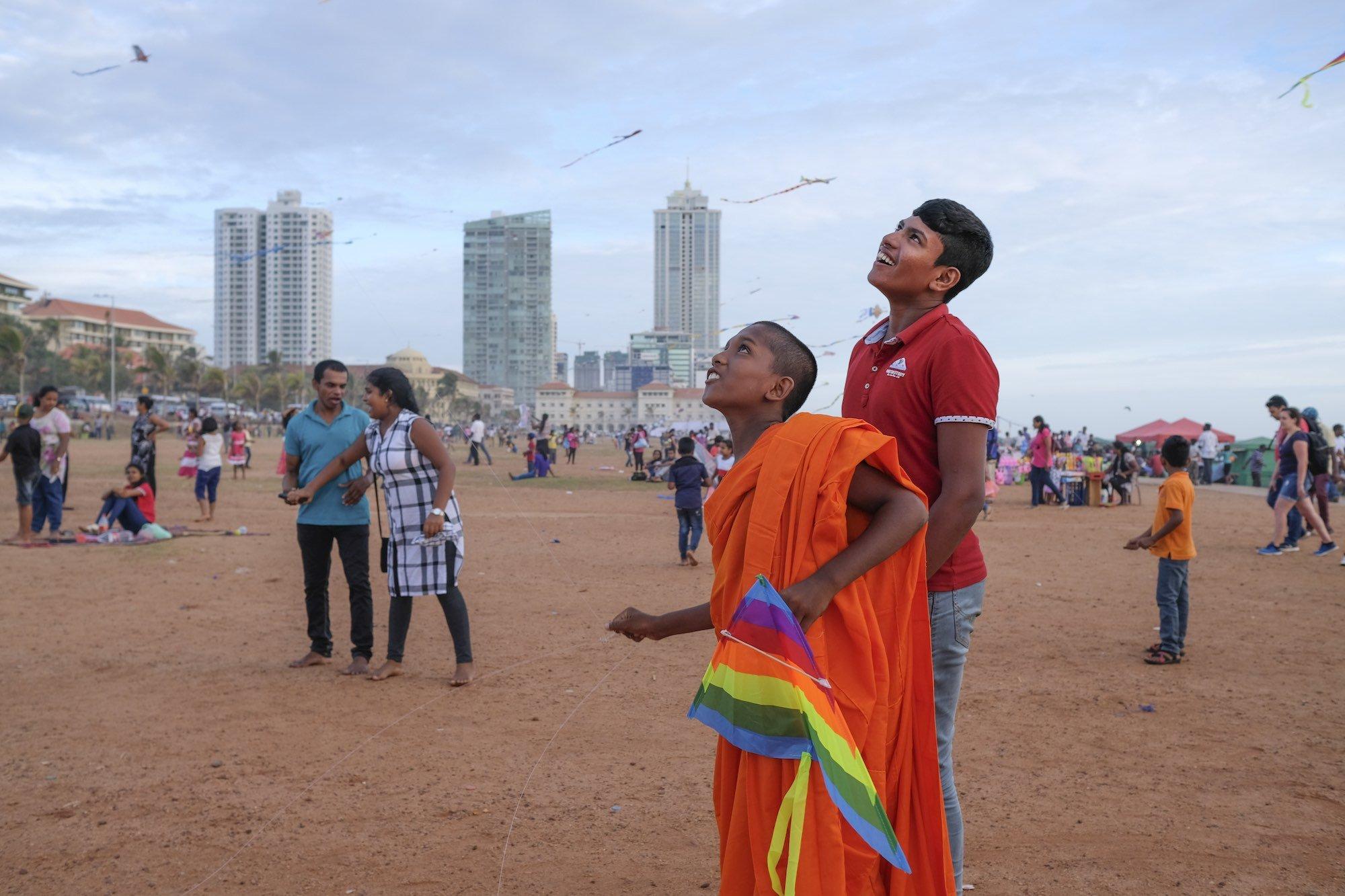 Colombo Street Photography Travel Sri Lanka Fujifilm XE3 buddhist kite galle face