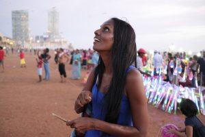Colombo Street Photography Travel Sri Lanka galle face Fujifilm XE3 Shanthi Jeuland kite play