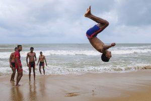 Jump Negombo Sri Lanka Travel Beach Fujifilm XE3