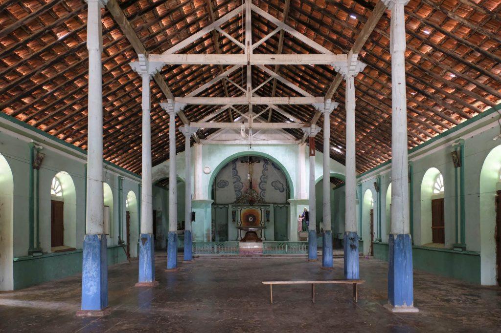 Keerimalai travel sri lanka fujifilm xe3 (Jaffna)