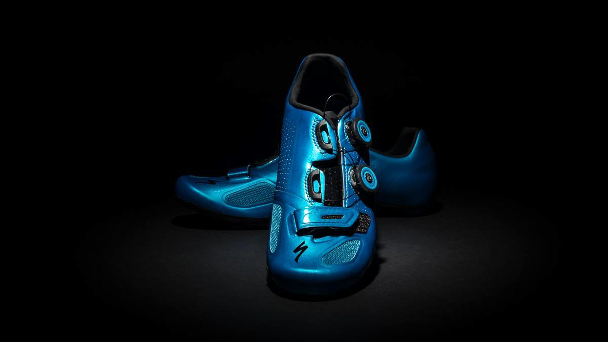 Photography Products sinagpore shoes Specialized bike road photoshoot photographer