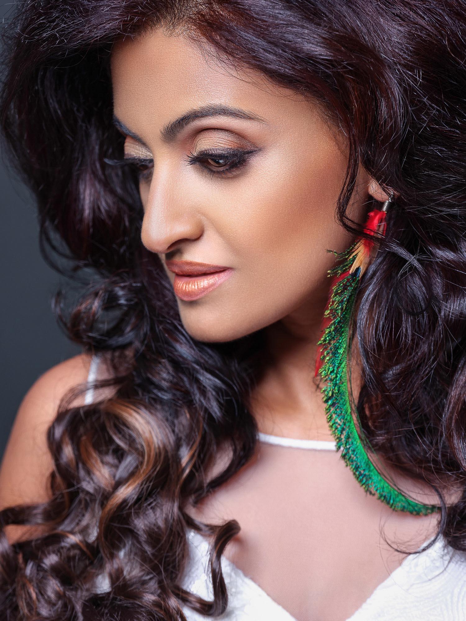 fashion beauty photography photographer model singapore sg mode studio photoshoot style indian india portrait fujifilm gfx 50s 110mm
