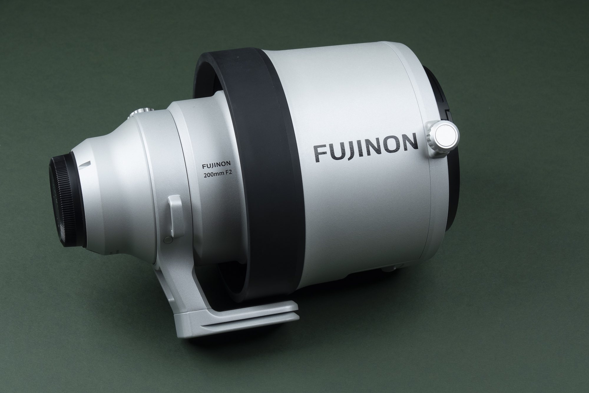 FUJINON XF 200mm f2 OIS WR Lens / Review