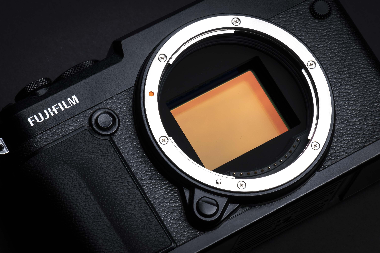 FUJIFILM GFX 50R Camera Review