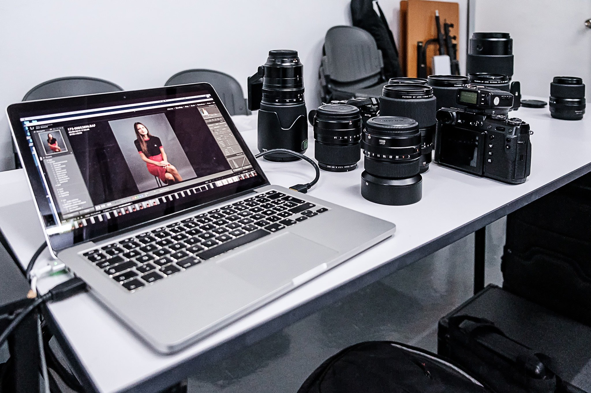 Photography Workshop PSS FUJIFILM GFX 50R GFX 50S Singapore Jose Jeuland Photographer studio shoot model medium format camera
