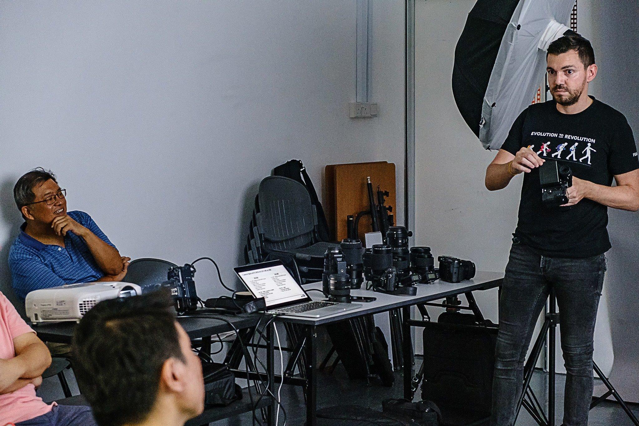 Photography Workshop PSS FUJIFILM GFX 50R GFX 50S Singapore Jose Jeuland Photographer studio shoot model