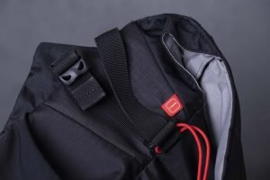 Manfrotto Pro Light Bumblebee M-30 Camera Bag messenger Review photographer
