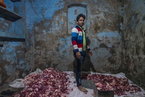 meat food muslim wedding India New Delhi street photography Photographer Jose Jeuland FUJIFILM GFX50R travel