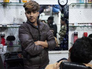 barber shop India New Delhi street photography Photographer Jose Jeuland FUJIFILM GFX50R travel