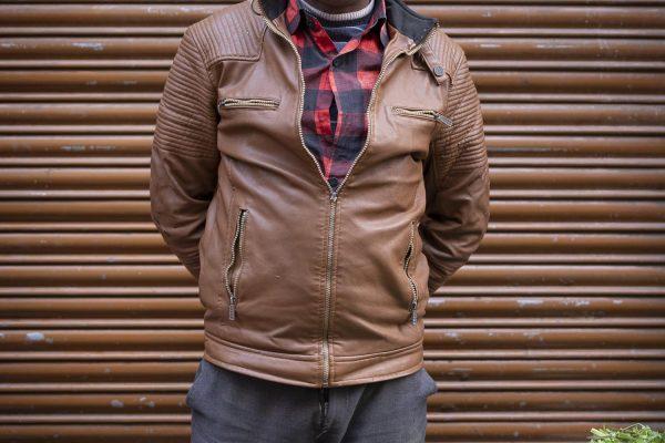 market man India New Delhi street photography Photographer Jose Jeuland FUJIFILM GFX50R travel