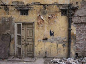 house wall India New Delhi street photography Photographer Jose Jeuland FUJIFILM GFX50R travel