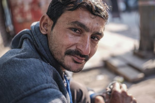 shoemaker India New Delhi street photography Photographer Jose Jeuland FUJIFILM GFX50R travel