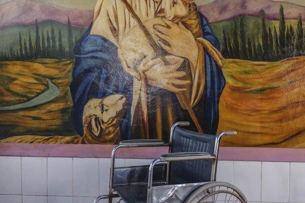 jesus wheel chaire church India New Delhi street photography Photographer Jose Jeuland FUJIFILM GFX50R travel