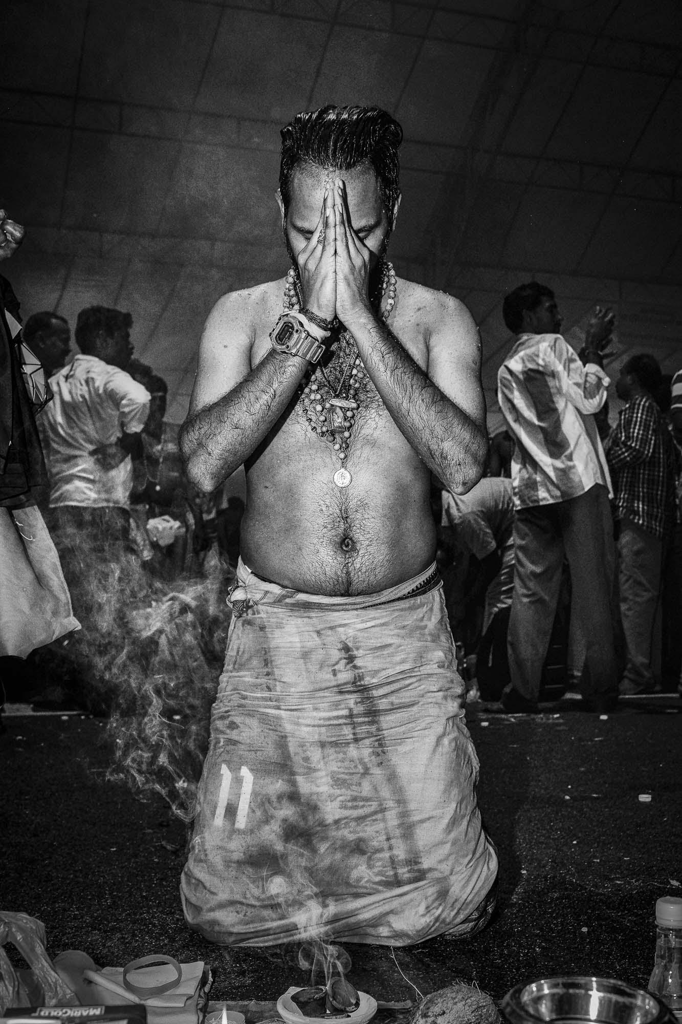 prayer indian man temple Little India Thaipusam Festival hindu Singapore photography jose jeuland documentary event