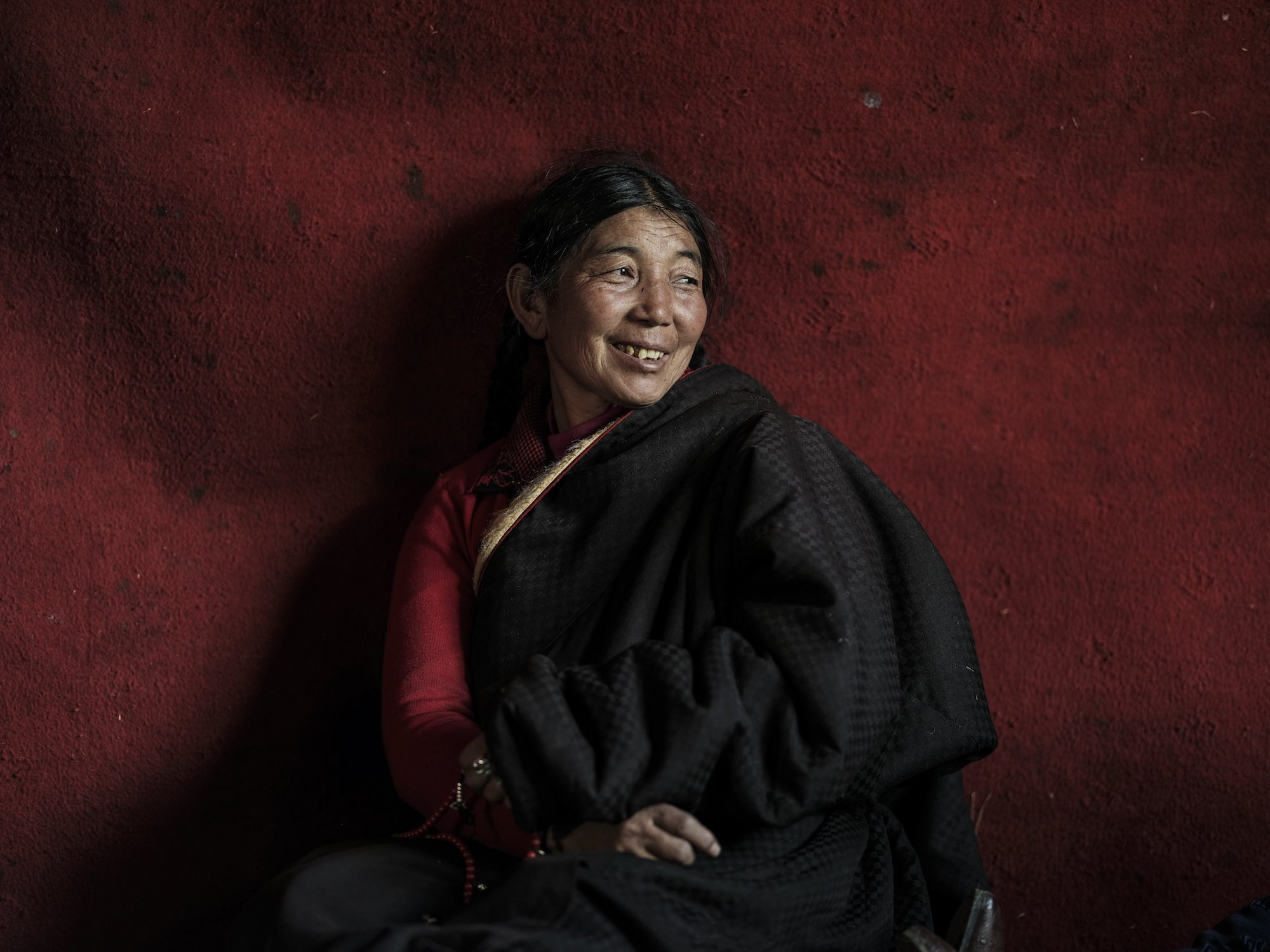 Tibet red wall china Commercial Editorial Portraiture Documentary Photographer fujifilm Director Singapore Jose Jeuland photography fashion