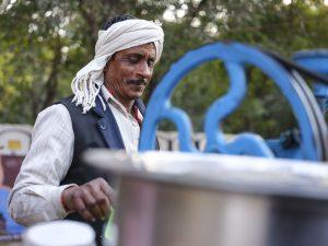 cane juice market pilgrims Kumbh mela 2019 India Allahabad Prayagraj Ardh hindu religious Festival event rivers photographer jose jeuland photography