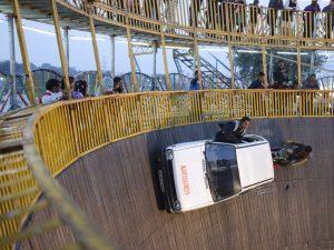death wall car show pilgrims Kumbh mela 2019 India Allahabad Prayagraj Ardh hindu religious Festival event rivers photographer jose jeuland photography