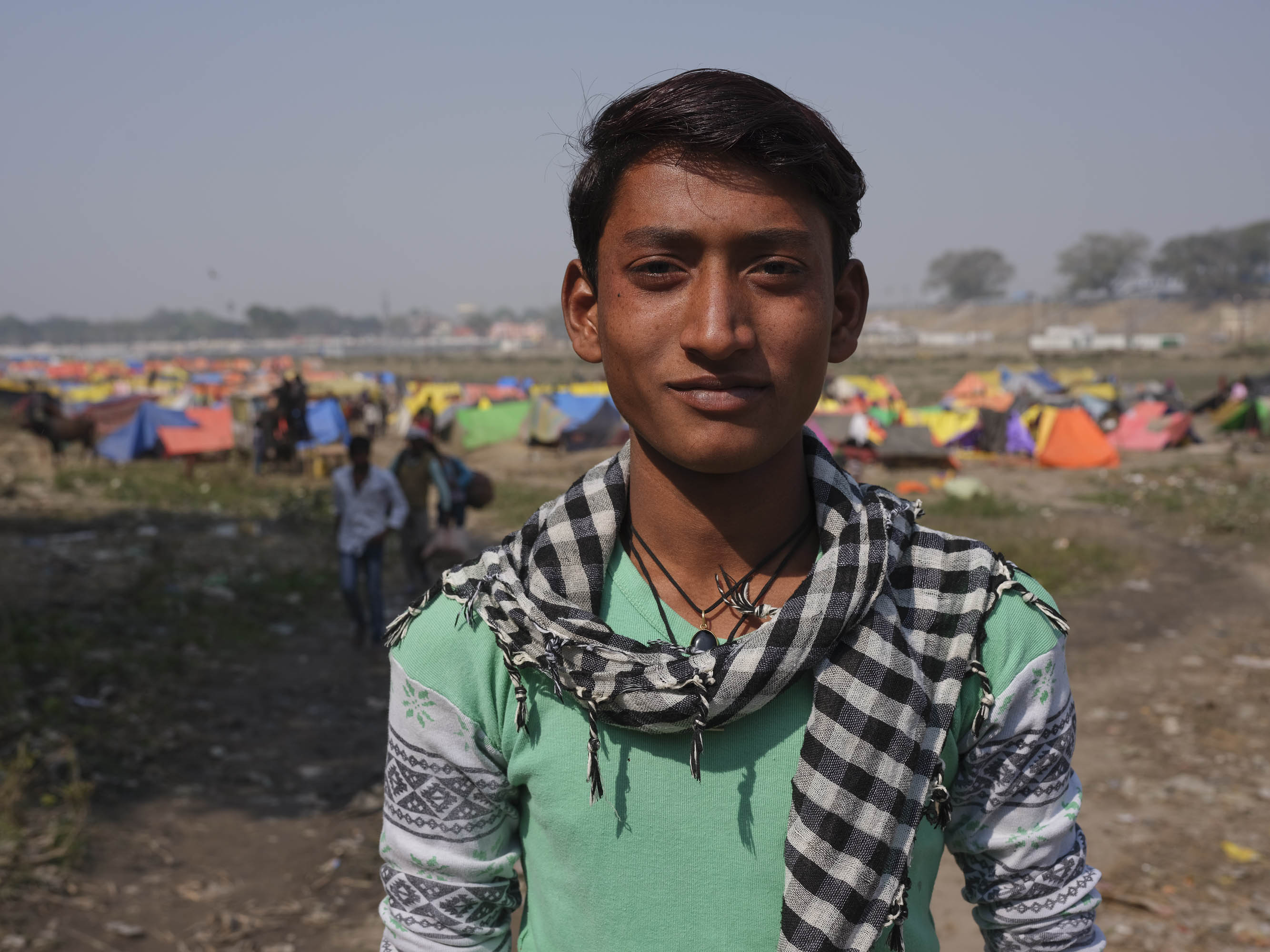 teenager camp pilgrims Kumbh mela 2019 India Allahabad Prayagraj Ardh hindu religious Festival event rivers photographer jose jeuland photography