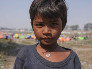 portrait gfx 50R fujifilm kid pilgrims Kumbh mela 2019 India Allahabad Prayagraj Ardh hindu religious Festival event rivers photographer jose jeuland photography