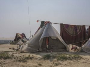 camp tent house stay pilgrims Kumbh mela 2019 India Allahabad Prayagraj Ardh hindu religious Festival event rivers photographer jose jeuland photography