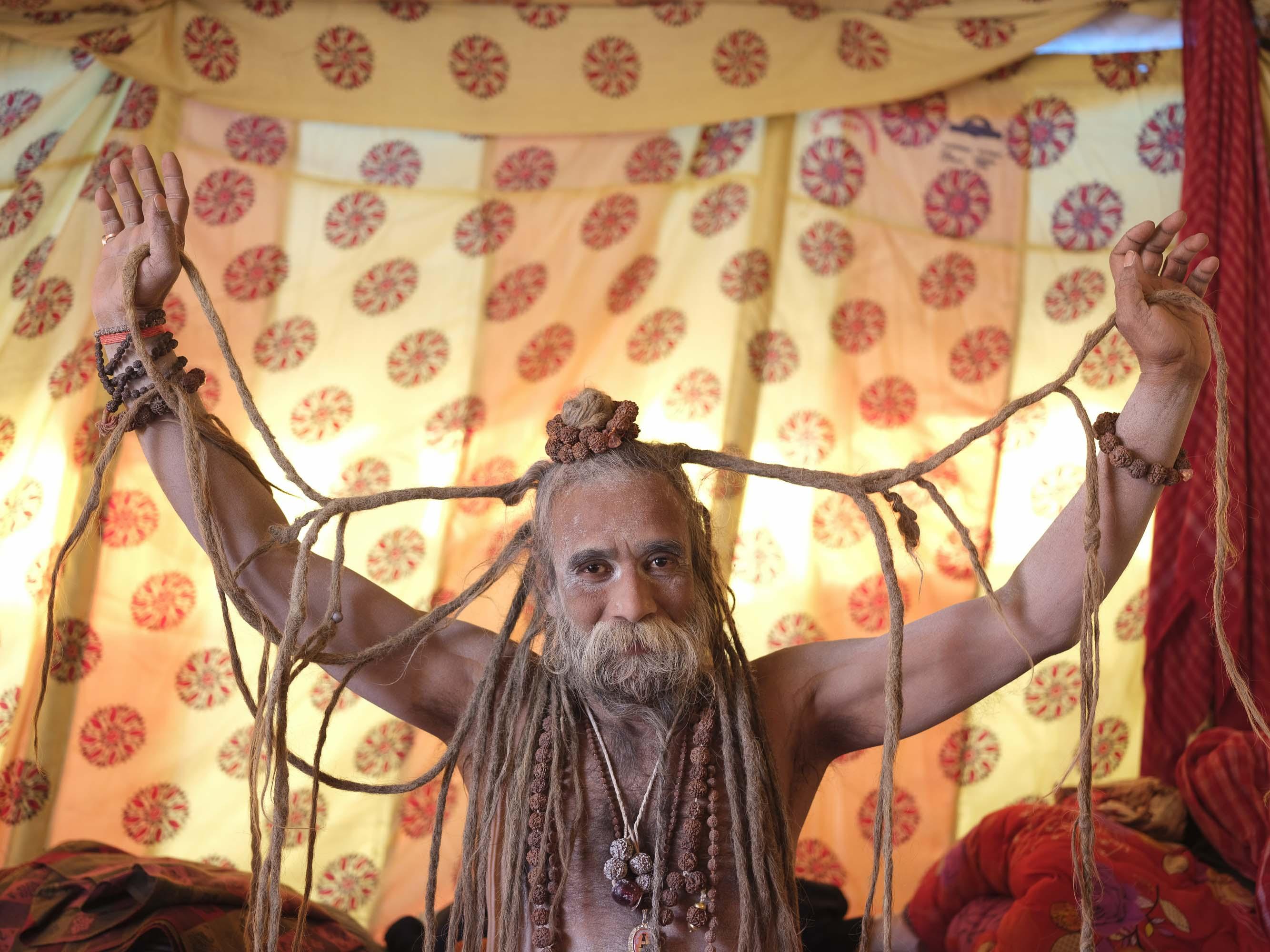 baba tent rasta pilgrims Kumbh mela 2019 gfx 50R fujifilm India Allahabad Prayagraj Ardh hindu religious Festival event rivers photographer jose jeuland photography