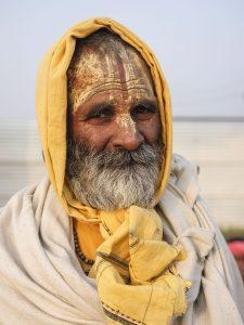 waling in the camp pilgrims Kumbh mela 2019 India Allahabad Prayagraj Ardh hindu religious Festival event rivers photographer jose jeuland photography