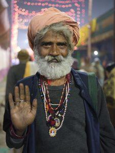 pretty portrait pilgrims Kumbh mela 2019 India Allahabad Prayagraj Ardh hindu religious Festival event rivers photographer jose jeuland photography