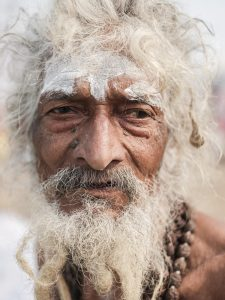 old man pilgrims Kumbh mela 2019 India Allahabad Prayagraj Ardh hindu religious Festival event rivers photographer jose jeuland photography