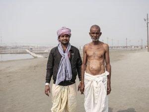 people pilgrims Kumbh mela 2019 India Allahabad Prayagraj Ardh hindu religious Festival event rivers photographer jose jeuland photography