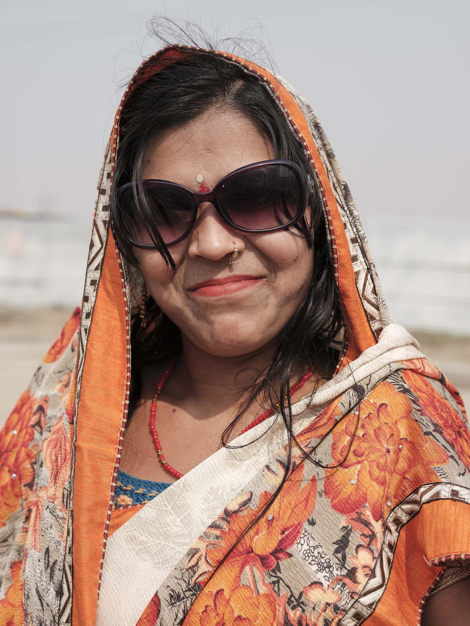 lady portrait sari pilgrims Kumbh mela 2019 India Allahabad Prayagraj Ardh hindu religious Festival event rivers photographer jose jeuland photography