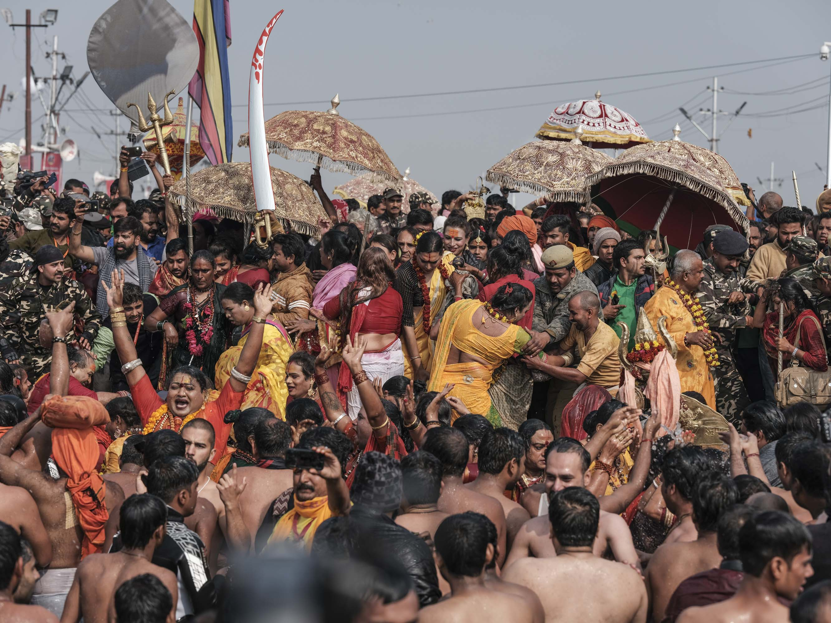 transgender crowd 4 February pilgrims Kumbh mela 2019 India Allahabad Prayagraj Ardh hindu religious Festival event rivers photographer jose jeuland photography