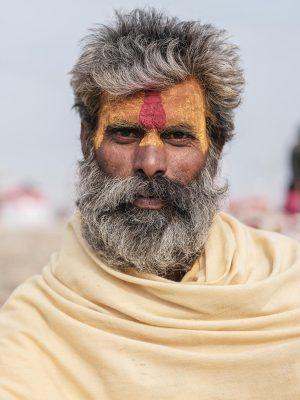 portrait gfx 50R fujifilm pilgrims Kumbh mela 2019 India Allahabad Prayagraj Ardh hindu religious Festival event rivers photographer jose jeuland photography
