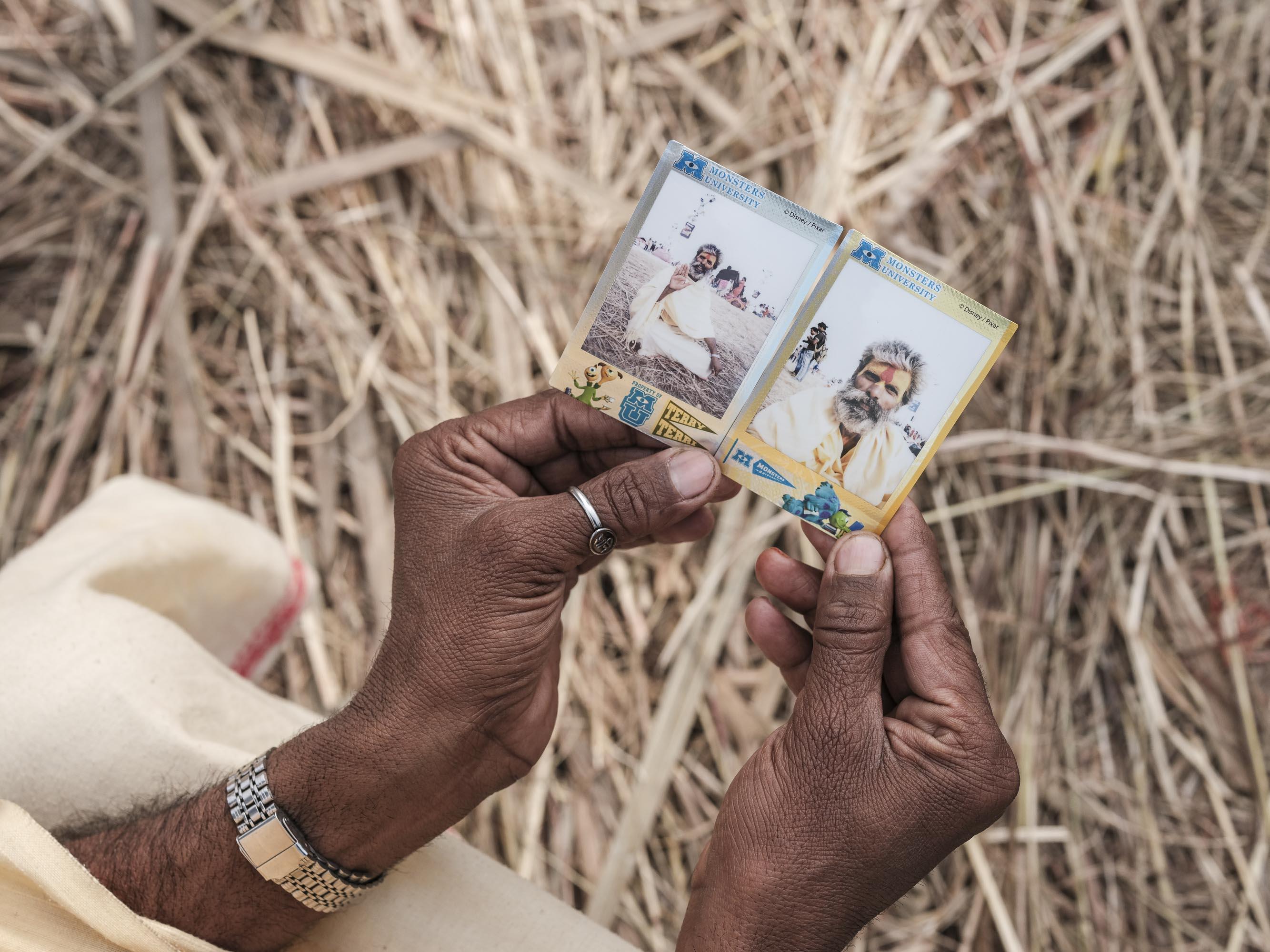 instax fujifilm pilgrims Kumbh mela 2019 India Allahabad Prayagraj Ardh hindu religious Festival event rivers photographer jose jeuland photography