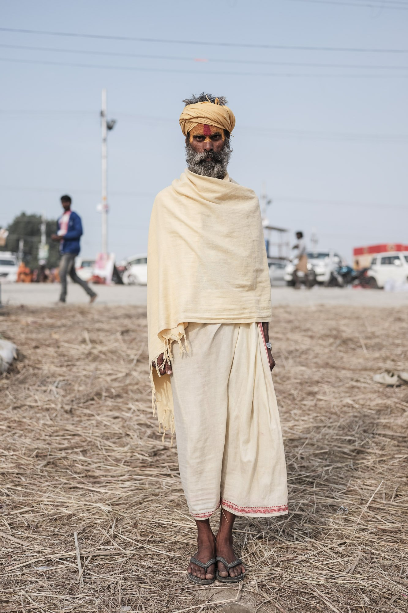 yellow man pilgrims Kumbh mela 2019 India Allahabad Prayagraj Ardh hindu religious Festival event rivers photographer jose jeuland photography