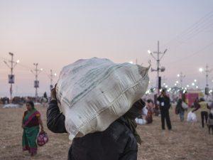 sunset pilgrims Kumbh mela 2019 India Allahabad Prayagraj Ardh hindu religious Festival event rivers photographer jose jeuland photography