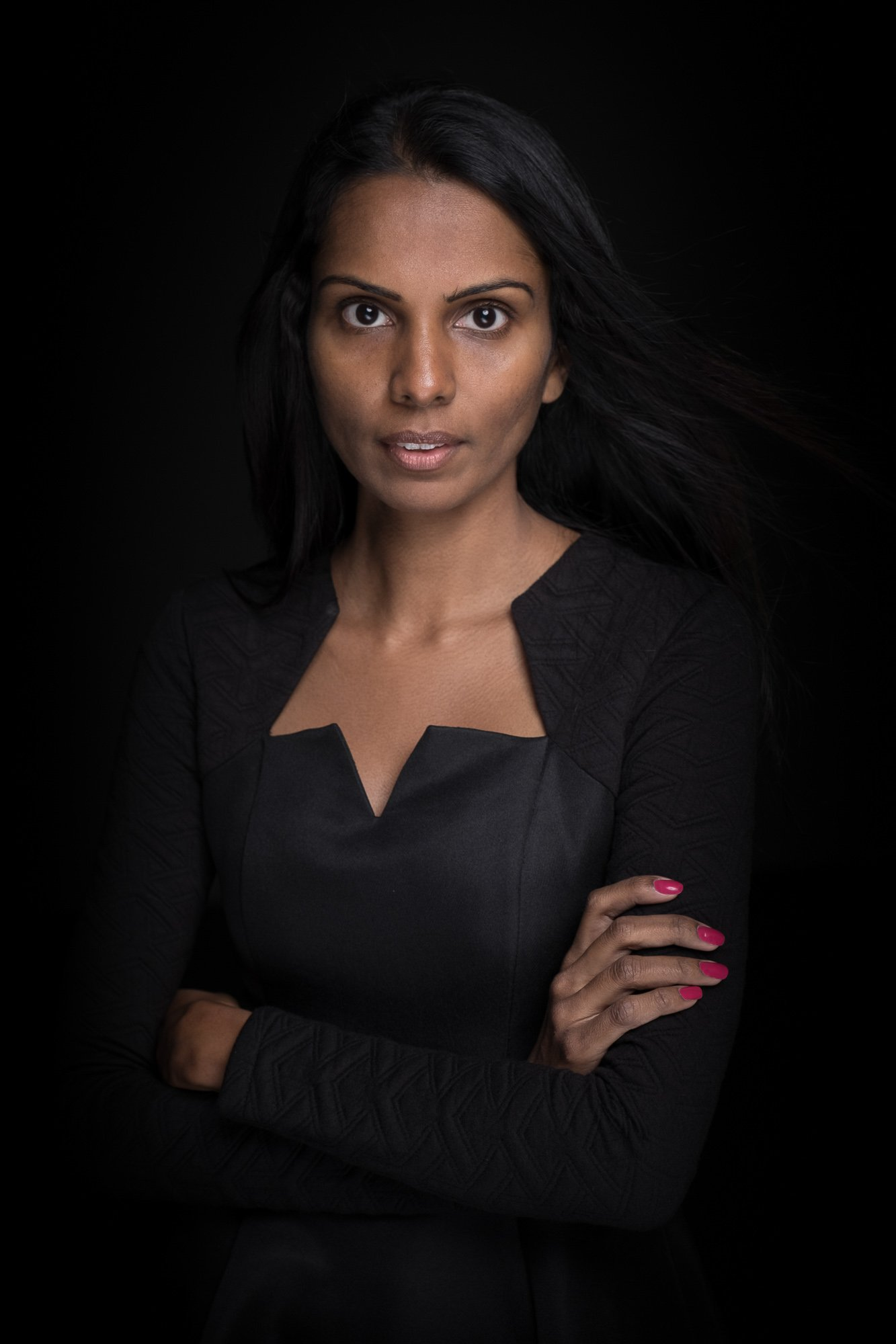 Headshot Corporate Photographer Singapore Jose Jeuland Portrait Photography studio Asia ceo founder shanthi jeuland