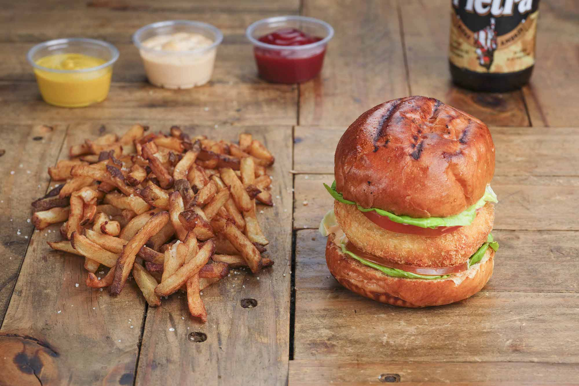 Food Photography by Jose Jeuland Burger Fries on the table