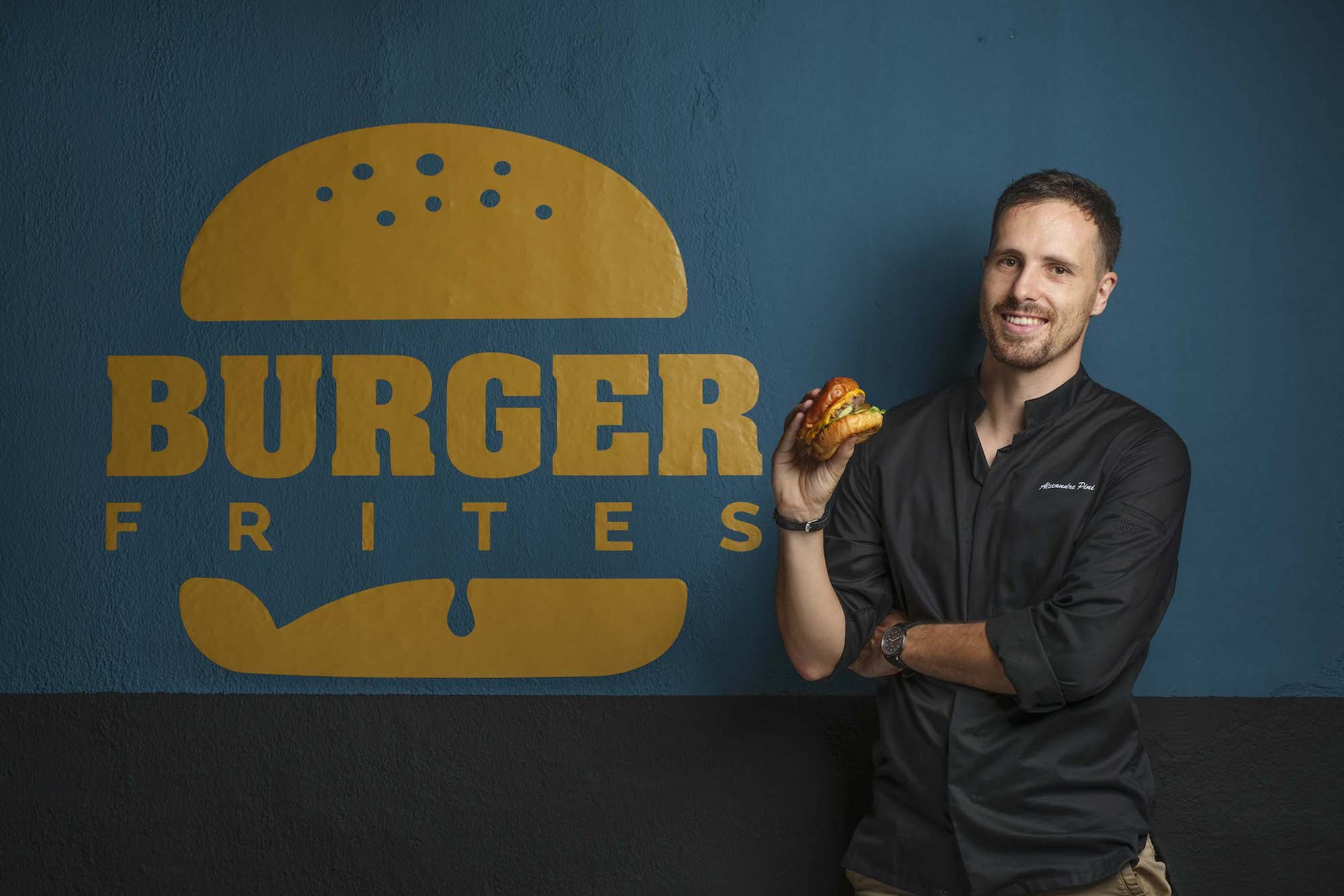 Portrait Photography By Jose Jeuland Corporate headshot of Alex owner of burger Frites