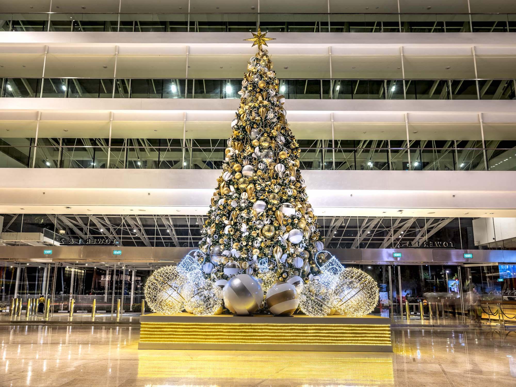 Marina Bay Sands Interior Photography by Jose Jeuland Christmas Tree at Marina Hotel lobby