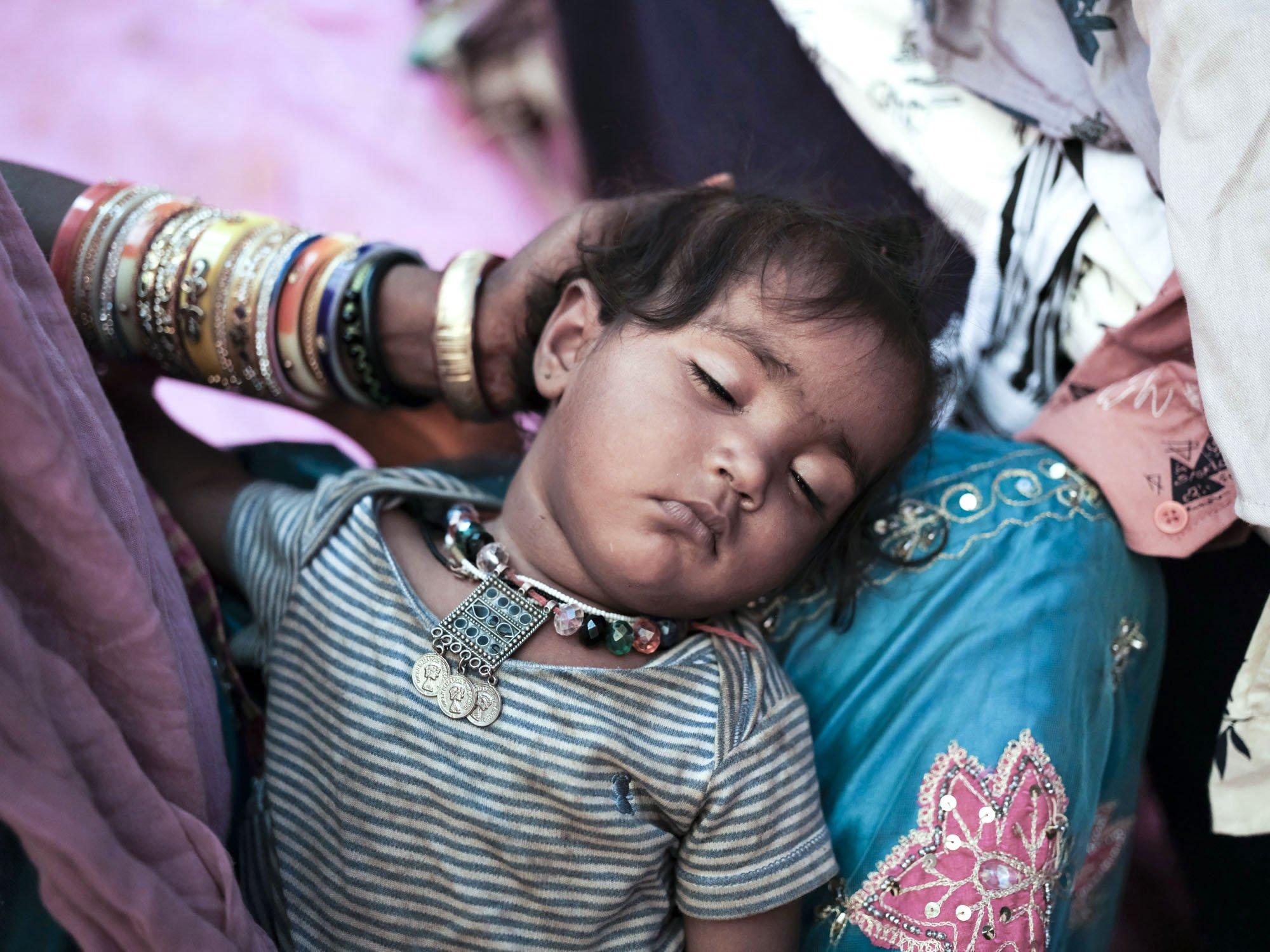 baby sleeping Gypsy Kalbelia tribe nomad Rajasthan India Documentary Photography Jose Jeuland Photographer print fine art