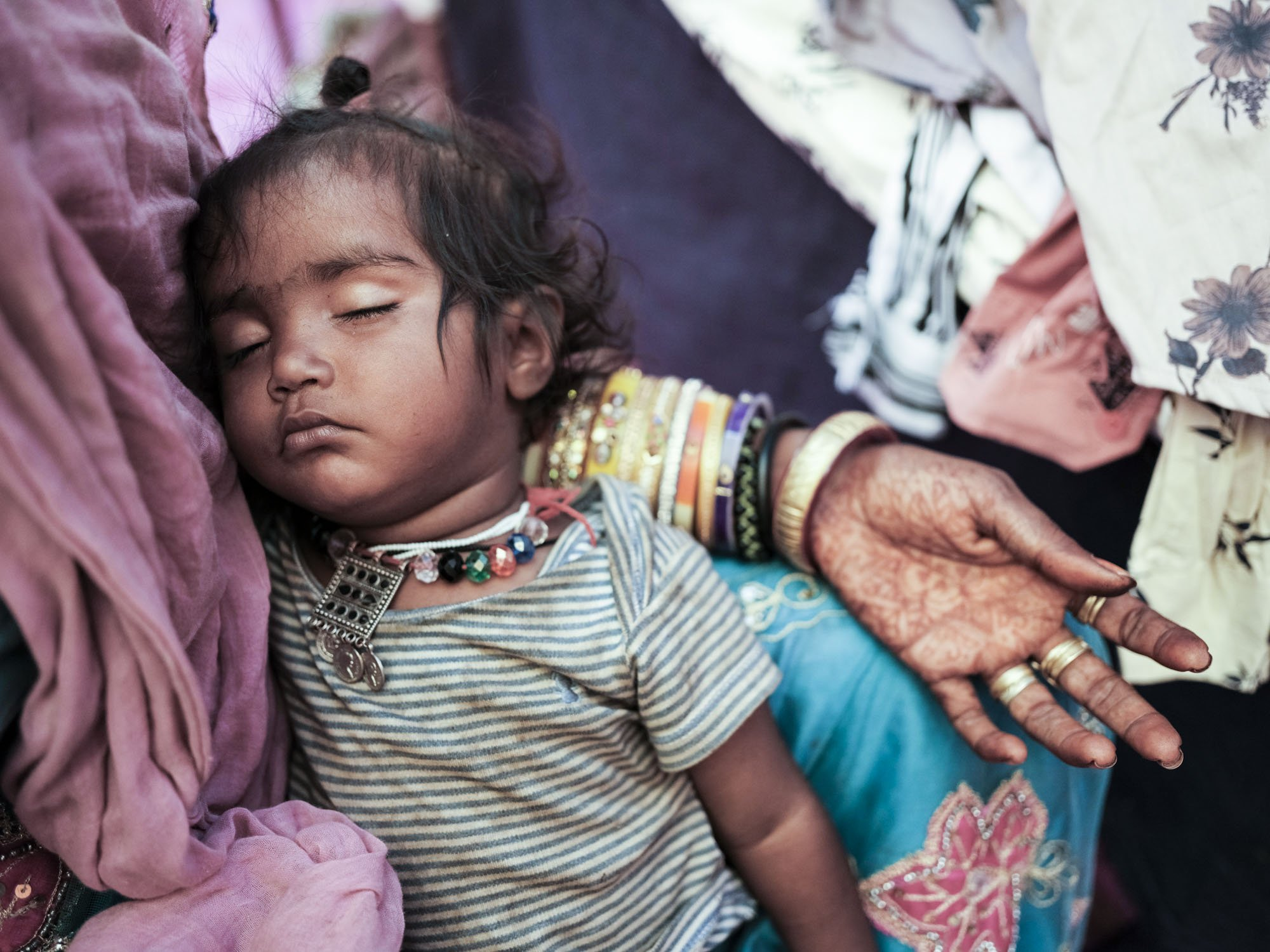 baby Gypsy Kalbelia tribe nomad Rajasthan India Documentary Photography Jose Jeuland Photographer print fine art